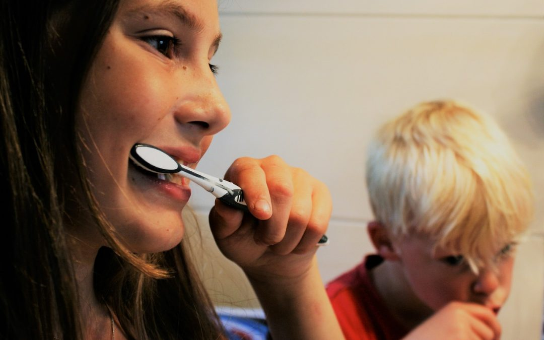 How to Encourage Children to Brush Their Teeth